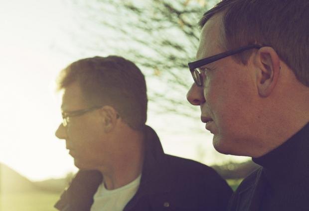 Reviewed: The Proclaimers, Allo Darlin' and Get Cape.Wear Cape.Fly