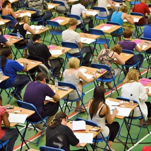 Blackpool Citizen: Tens of thousands of pupils sitting GCSE English could have been affected by grade boundary changes, headteachers suggested