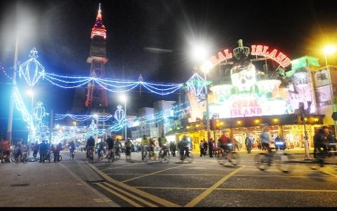Blackpool Citizen: SWITCH-ON The lights