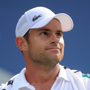 Andy Roddick cruised into the third round at Flushing Meadows
