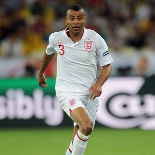 Ashley Cole has apologised for his outburst on Twitter