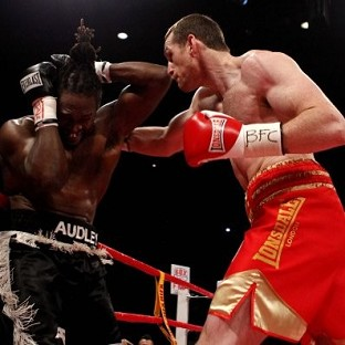 David Price, right, knocked Audley Harrison, left, out after 82 seconds