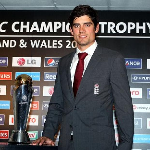 England captain Alastair Cook has held meetings with Kevin Pietersen
