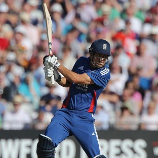 England captain and opener Alastair Cook negotiated the first few overs without any problems