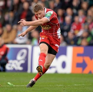 Blackpool Citizen: Rhys Priestland kicked 14 points in Scarlet's victory