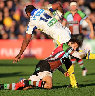 Sitiveni Sivivatu, number 14, scored a late try as Clermont secured a quarter-final spot