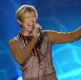 Blackpool Citizen: File photo dated 17/11/03 of Singer David Bowie who is tipped for his first prize at the BRIT Awards for almost two decades, with Arctic Monkeys and Ellie Goulding also among favourites for the big event tomorrow.