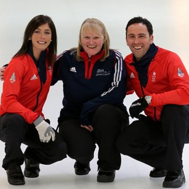 Blackpool Citizen: Eve Muirhead, left, and David Murdoch, right, with 2002 gold medalist Rhona Howie