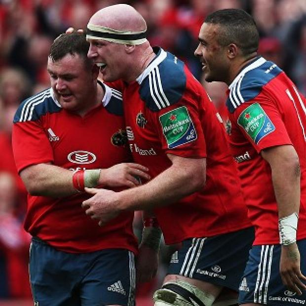 Blackpool Citizen: Paul O'Connell, centre, scored his first Heineken Cup try since 2009