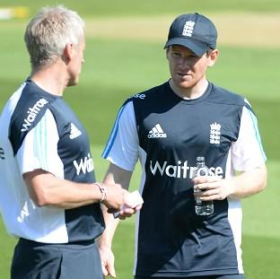 Blackpool Citizen: Eoin Morgan, right, will again captain England's Twenty20 side in Stuart Broad's absence on Tuesday