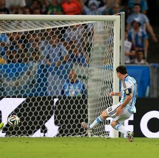 Lionel Messi doubled Argenti