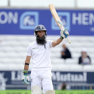 Moeen left stranded in dramatic end
