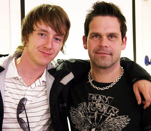 Embrace's Mike Heaton with student Paul Hindley
