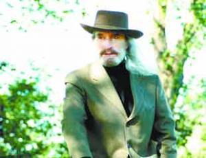 UK singer Charlie Landsborough travels in motorhome on tour